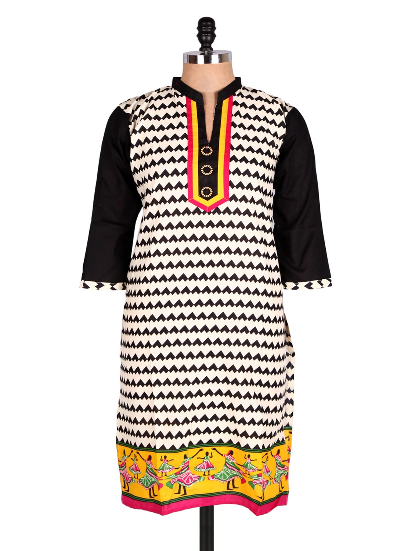 White & Black Geometric Print Cotton Kurti - Sale Mantra