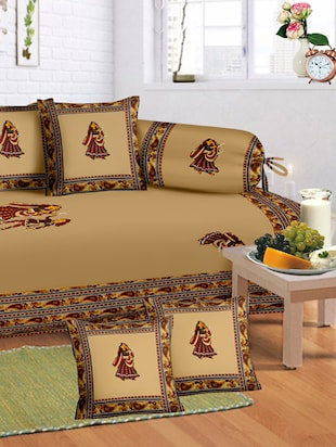 Lali prints 8 Pcs Rajasthani Gumar Print Diwan set with 5 cushion & 2 bolster covers and 1 bedsheet -  online shopping for diwan sets
