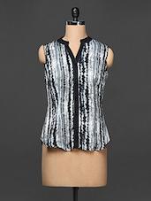 Grey Black Abstract Printed Sleeveless Shirt - Kaaryah