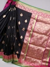 Zari Woven Black Silk Saree With Contrast Pallu - BANARASI STYLE
