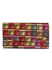 Graphic Illusion Printed Fold Over Clutch - Spice Art