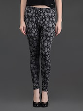 Black And Grey Printed Stretchable Leggings - FLUR
