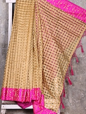 Pink Border Check Pattern Handwoven Saree - Shiva Saree