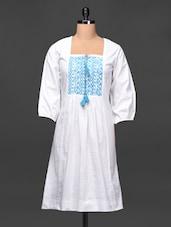 Quarter Sleeve Embroidered Cotton Kurta - Tissu