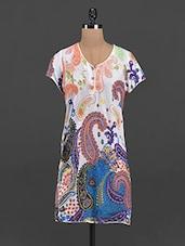 Multicolor Paisley Printed V-neck Kurta - Yepme