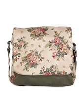 Bags for Girls- Buy Bags Online | Upto 80% Off