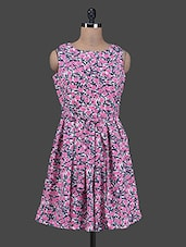 Floral Print Sleeveless Skater Dress - Colbrii