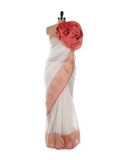 Classic Red and White Saree with a Paisley Border - Bunkar