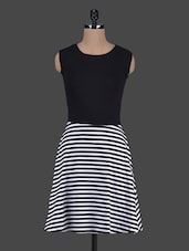 Stripes Printed Monochrome Cotton-Knit Dress - Harpa