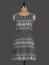 Round Neck Printed Monochrome Dress - Queens
