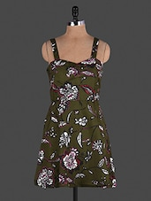Green Floral Printed Sleeveless Polyester Tunic - Lamora Get High In Fashion
