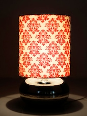White And Red Printed Handmade Table Lamp - By - 1134756