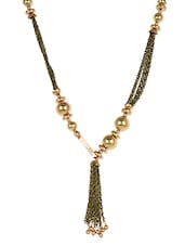 Gold Metallic Plastic Statement Necklace Close Loop Closure - Femnmas