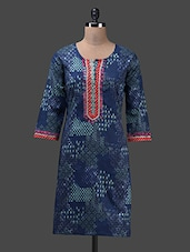 Blue Round Neck Printed Cotton Kurta - Glam And Luxe