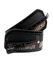 Snakeskin Textured Broad Waist Belt - Just Women