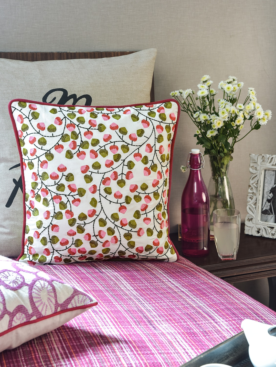 Multicolored Cotton Cushion Cover - By - 1157810