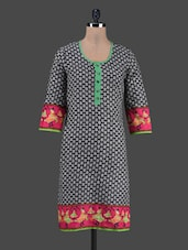 Quarter Sleeves Motif Printed Cotton Kurta - Shwetna.com