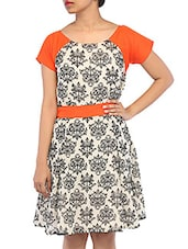 Motif Printed Short Sleeves Georgette Dress - By