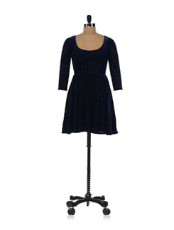 Blueberry Dress In Burnout Velvet - Forever  New