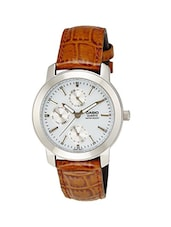 Casio Enticer MTP1192E-1ADF Analog Leather Watch -  online shopping for Analog Watches