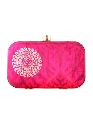 Clutches Online - Buy Designer Clutch Bags | Upto 65% Off