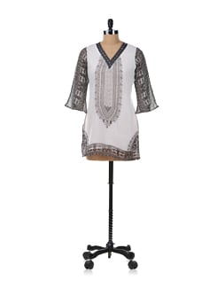 Black And White Printed Kurta - Ayaany