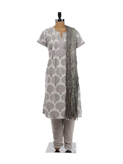Grey printed kurta with salwar and wrinkled dupatta - KILOL 15004