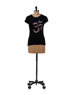Black 'Flower Pattern Om' T-shirt - OFFBEAT