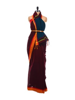 Maroon Cotton Saree With Green Pallu - Desiweaves