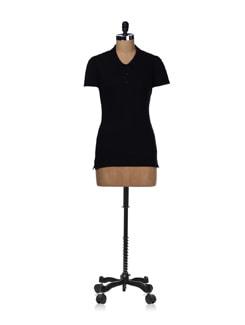 Classic Black T-shirt - STYLE QUOTIENT BY NOI