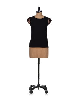 Party Essential- Black Top - Besiva