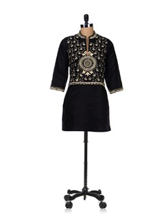 Black And Beige Floral Embroidered Kurta - Vedanta