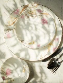 Elegant Floral Print 18 Piece Dinner Set - Bharat Pottery
