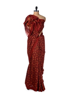 Starry Red Madder Hand Printed Saree - Creative Bee