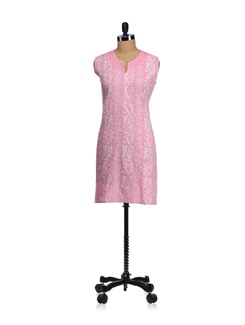 Sleeveless Pink Embroidered Kurta - WILD WOMAN