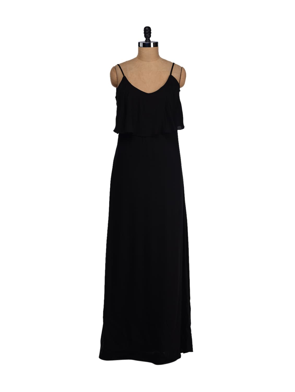 Strappy Black Front Ruffle Maxi Dress - Femella