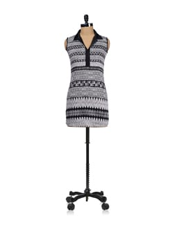 Tribal Black And White Tunic - Ayaany