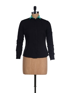Trendy Black Shirt With Green Collar - I KNOW By Timsy & Siddhartha