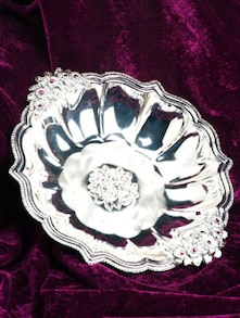 Rosette Bowl with Diamontes and Pink Stones