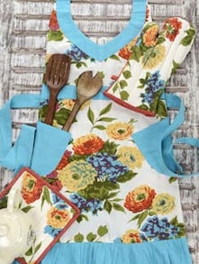 Floral Print Mitten & Apron Set - Morning Blossom