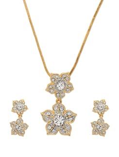 Classy Gold Floral Necklace Set - Mahi