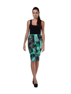 Green & Black Printed Capri Leggings - Cottinfab