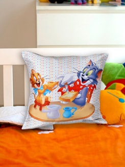Most Loved Tom And Jerry Cushion Cover - Warner Brothers By Mesleep