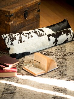 Black And White Cushion With Filler - Lthr