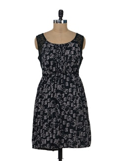 Chic Black Printed Dress - Remanika