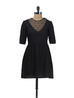 V-Neck Mesh Dress With Three Quarter Sleeves - Femella