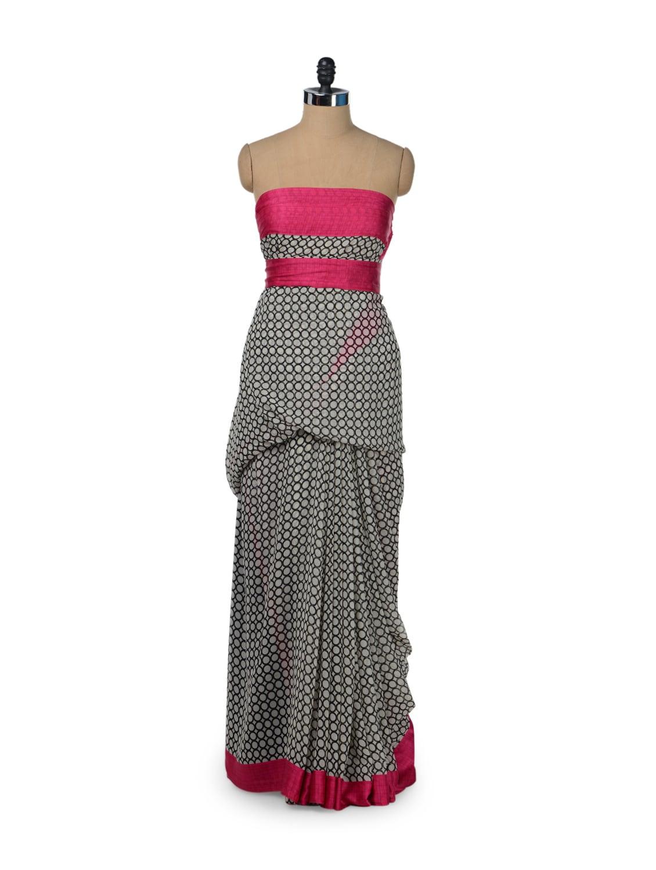 Elegant Circle Print Saree - ROOP KASHISH