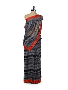 Printed Black Saree With Contrast Border - ROOP KASHISH