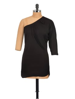 Simple Full Sleeved Top With Elastic Detailing At The Sides - Vvoguish