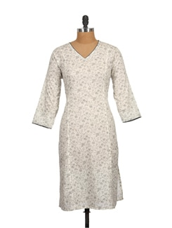 Floral Print Kurta In Off White And Grey - SSV